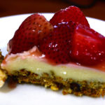 An easy strawberry cheese cake on a Oats and Almond Crust